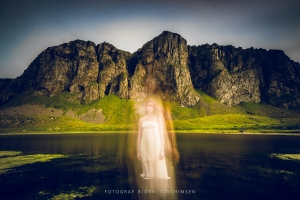 Kreativ fotoworkshop på Værøy i Lofoten. ©Bjørn Joachimsen.